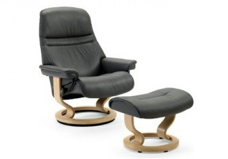 Sunrise Small Leather Recliner - Ekornes Stressless