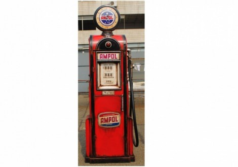 Red Metal Gas Pump
